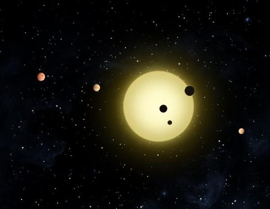 Representación artística de una estrella rodeada de exoplanetas en órbita.