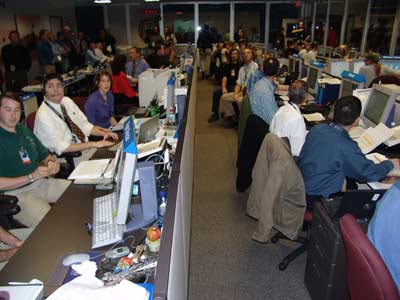 Group of mission controllers await word on Mars rover landing.