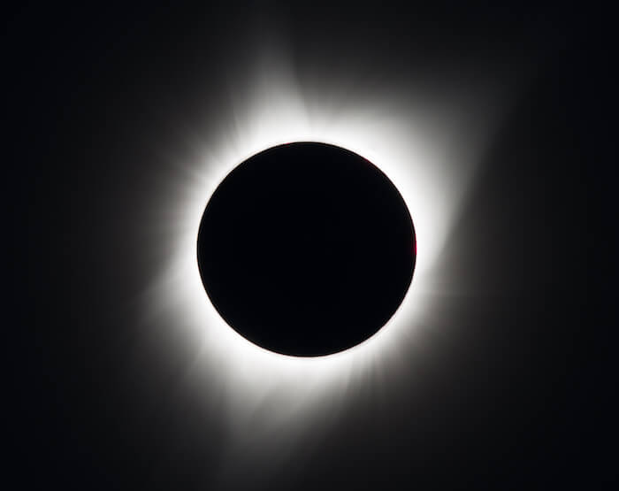 Image of the solar corona during an eclipse in 1991.